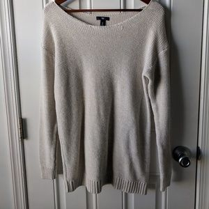 GAP Women's Over-sized sweater - Medium